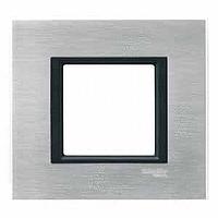 Рамка Schneider-Electric Unica Class 1-пост серебристый алюминий. MGU68.002.7A1
