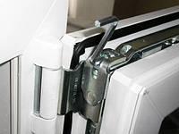 Регулировка и Ремонт фурнитуры любых производителей  на окнах и дверях
