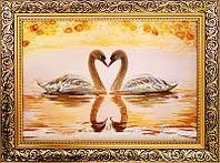 Картина из янтаря Лебеди (Картины и иконы из янтаря)
