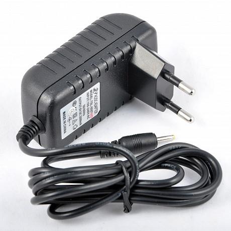 Зарядное устройство для планшета 5V 2A.