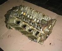 Блок цилиндров ГАЗ-66 с картером сцепления и шпильками, новый, с хранения.