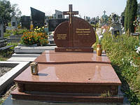 Надгробия из гранита Житомир (Образец 559)