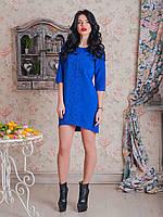 Платье Тейлор со стильной вышивкой исполнено из костюмной ткани