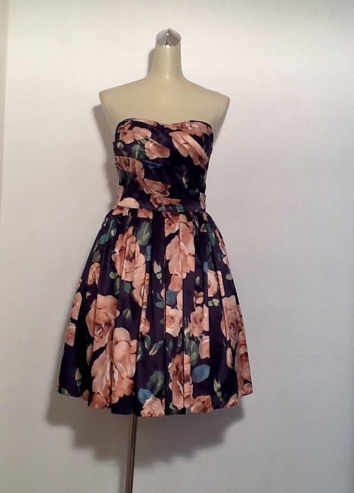Платье  пышное миди в стиле Dolce&Gabbana атлас