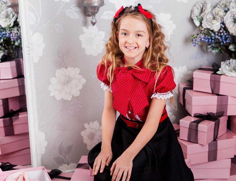 Красная школьная блузка Моне р-ры 134,140,146