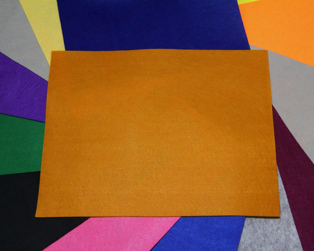 Фетр жесткий рыжий (40х50см, 1мм)