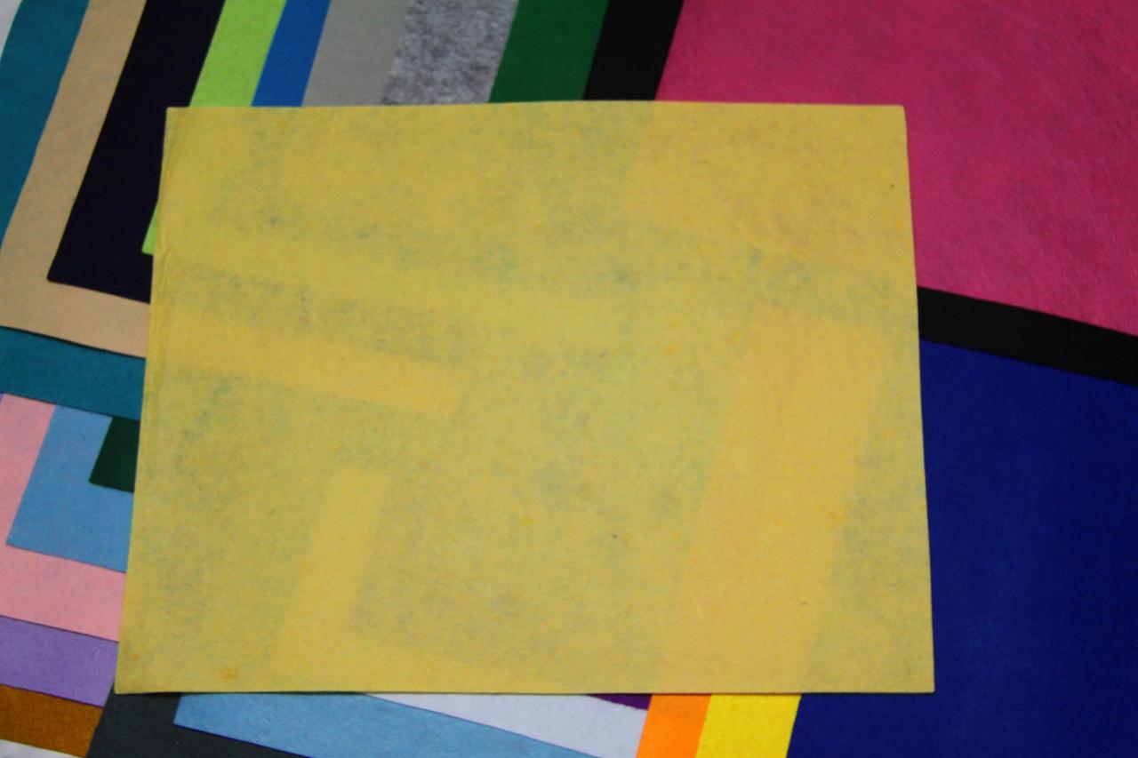 Фетр жесткий тепло-желтый (40х50см, 1мм)