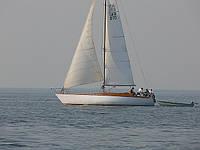 Аренда яхты-12,5 м. в Киеве. Отдых на воде. Парусная яхта VIP класса.
