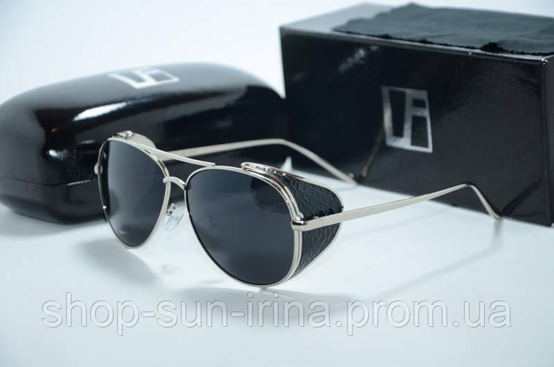 Солнцезащитные очки Linda Farrow черные с серебряной оправой