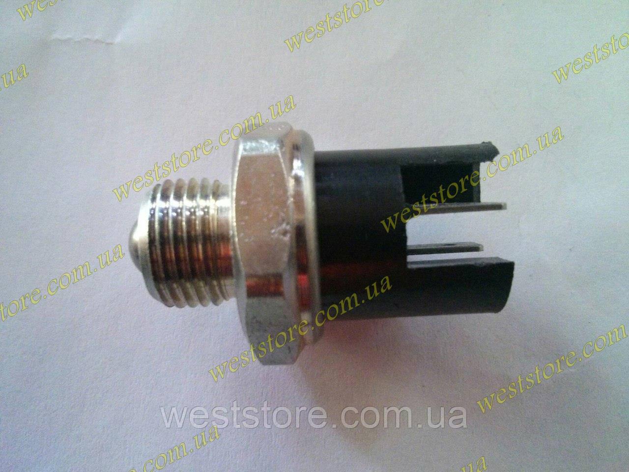 Выключатель заднего хода (жабка большая) Ваз 2101- 2107 (5-тиступка),Заз 1102 таврия славута Пенза
