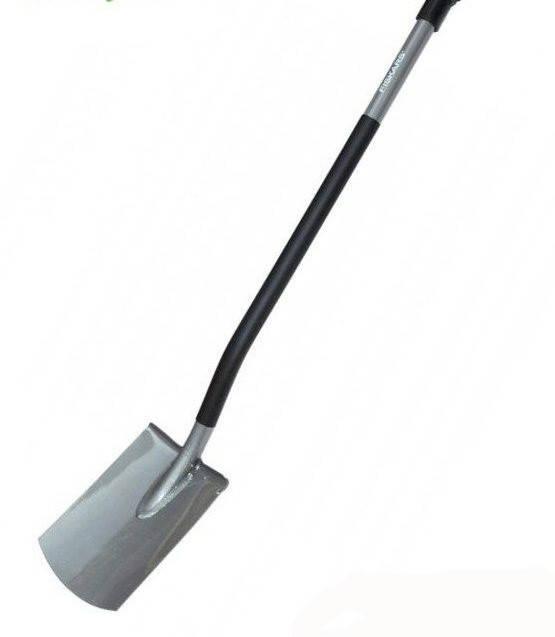 Лопата Fiskars Ergonomic штыковая с закругленным лезвием 131400