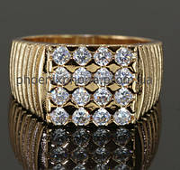 Стильное кольцо - печатка с фианитами, покрытое золотом (129820)