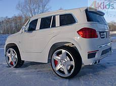 Детский электромобиль MERCEDES GL63 белый автопокраска + кожаное сидение + EVA колеса, фото 3