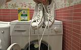 Как постирать кеды в стиральной машинке