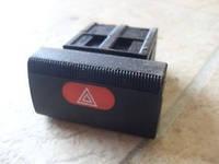 Кнопка включения выключения аварийной сигнализации чёрная OPEL VECTRA-B  после 1999 года General Motors 9138047 /