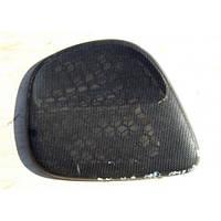 Сетка (накладка, крышка) динамика передней правой двери черная Opel Omega-B до 1999 года 90460378 General Motors 90460378