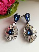 Женские серьги с синим камнем