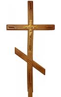 Деревянные кресты на могилу