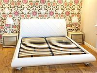 """Дизайнерська двоспальне ліжко """"Snow"""" з м'яким узголів'ям прошитим ромбами на дерев'яних ніжках """"цибулька"""", фото 1"""