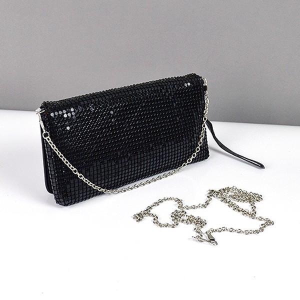b81f3aaf4208 Вам помогут женские сумки и клатчи. Уделите себе достаточно внимание,  продумайте свой образ до мелочи. Важен не только ваш безупречный наряд, ...