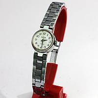 Российские женские часы на браслете Чайка