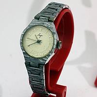 Женский Луч советские часы