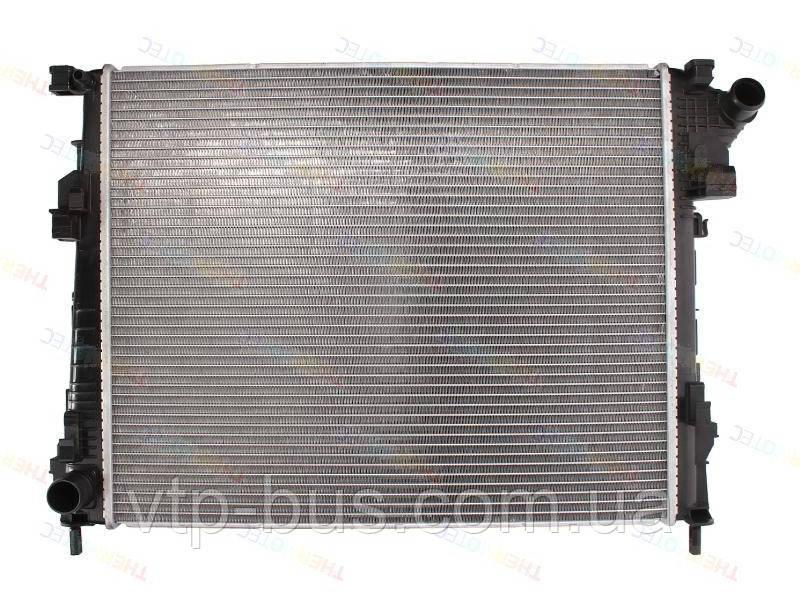 Радиатор охлаждения двигателя на Renault Trafic / Opel Vivaro 2,0dCi с 2006... Thermotec (Китай) D7R038TT