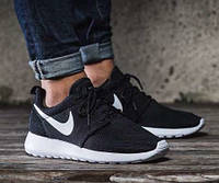 Кроссовки Nike Roshe Run black/white унисекс