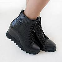 Ботинки на танкетке из натуральной кожи черный, фото 1