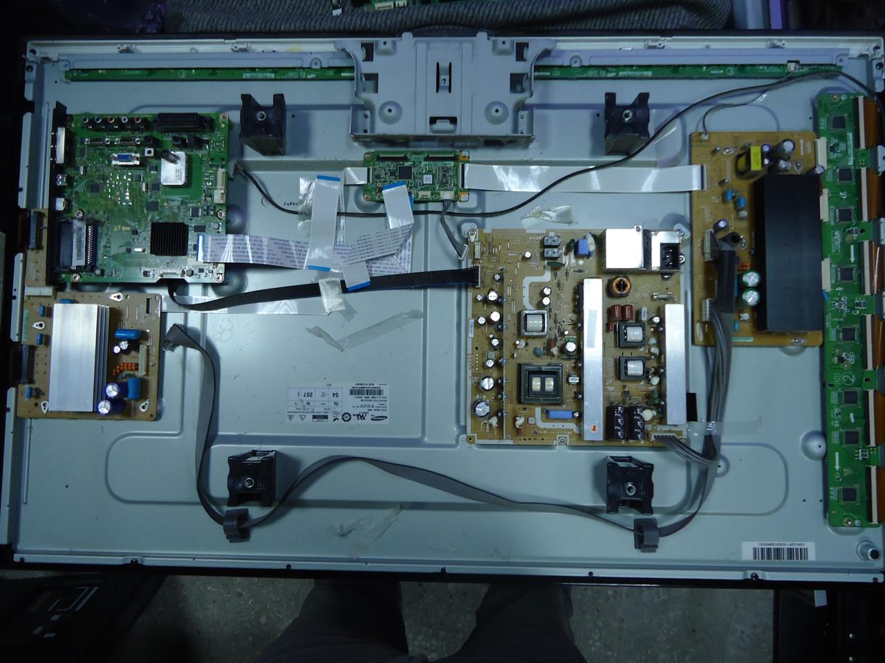 """Плазма 42"""" Samsung PS42C450B1W на запчасти (BN41-01361B, BN40-00173A, bn44-00329a, bn44-00330a)"""