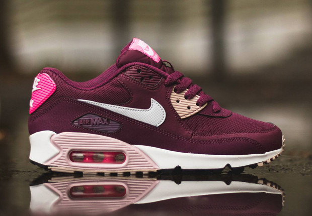 6429deb29336 Женские кроссовки Nike Air Max 90 Essential Villain Red White-Champagne Pink  Pow