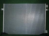 Радиатор кондиционера на Renault Trafic / Opel Vivaro 1,9dCi с 2001... Valeo (Франция) VAL817577