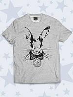 Отличная детская футболка Кролик арт с классным принтом.