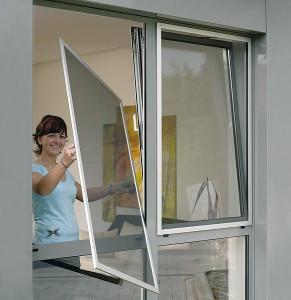 Антимоскитные сетки на металлопластиковые окна