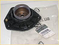 Опорная подушка переднего амортизатора на Renault Scenic II 03-  RENAULT ОРИГИНАЛ 8200222463
