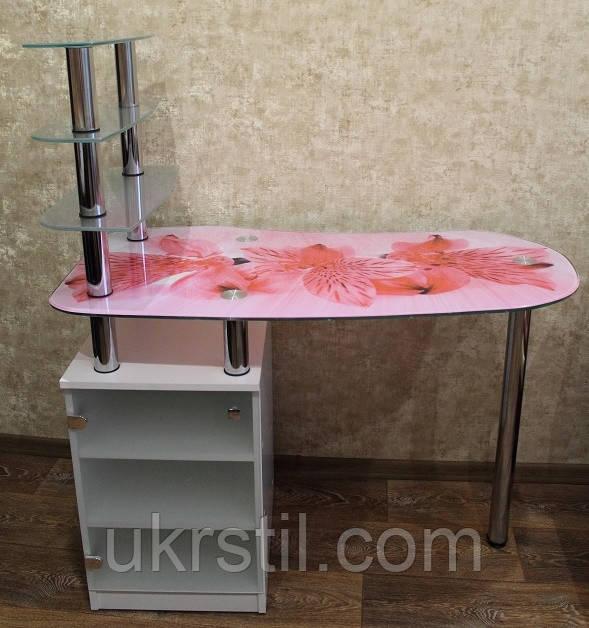 Маникюрный стол Montini