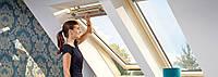 Мансардне вікно VELUX OPTIMA Комфорт GLR 3073 SR 06 дерев'яне 114х140 см