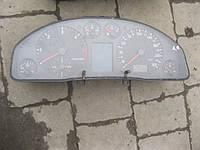 Панель приборов Audi A4 1.9 TDI