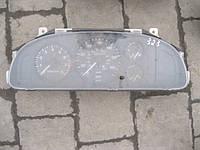 Панель приборов Mazda 323 S
