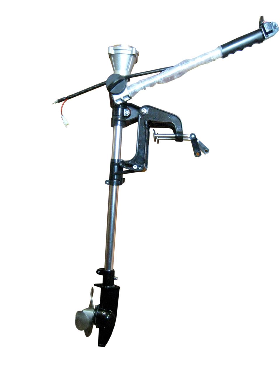 Нога взборе для лодочного мотора