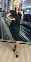 Черноеженское  платье по колено с рукавом-крылом