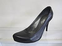 Туфли женские кожаные на каблуке