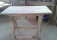 Фигурный деревянный стол