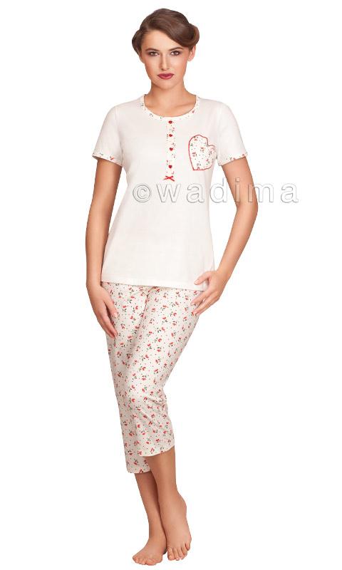 Жіноча піжама з футболкою на короткий рукав та штанами капрі Wadima 104297