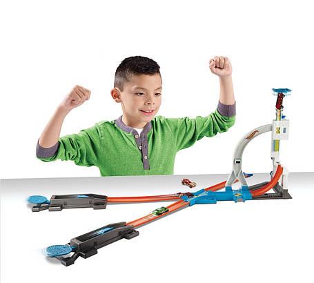Трек Хот Вилс Каскадёрские трюки Соедини все треки Hot Wheels Track Builder System Stunt Kit Playset, фото 2