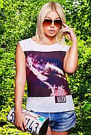 Модная молодежная футболка отлично сочитаеться с джинсами на передней полочке оригинальный принт