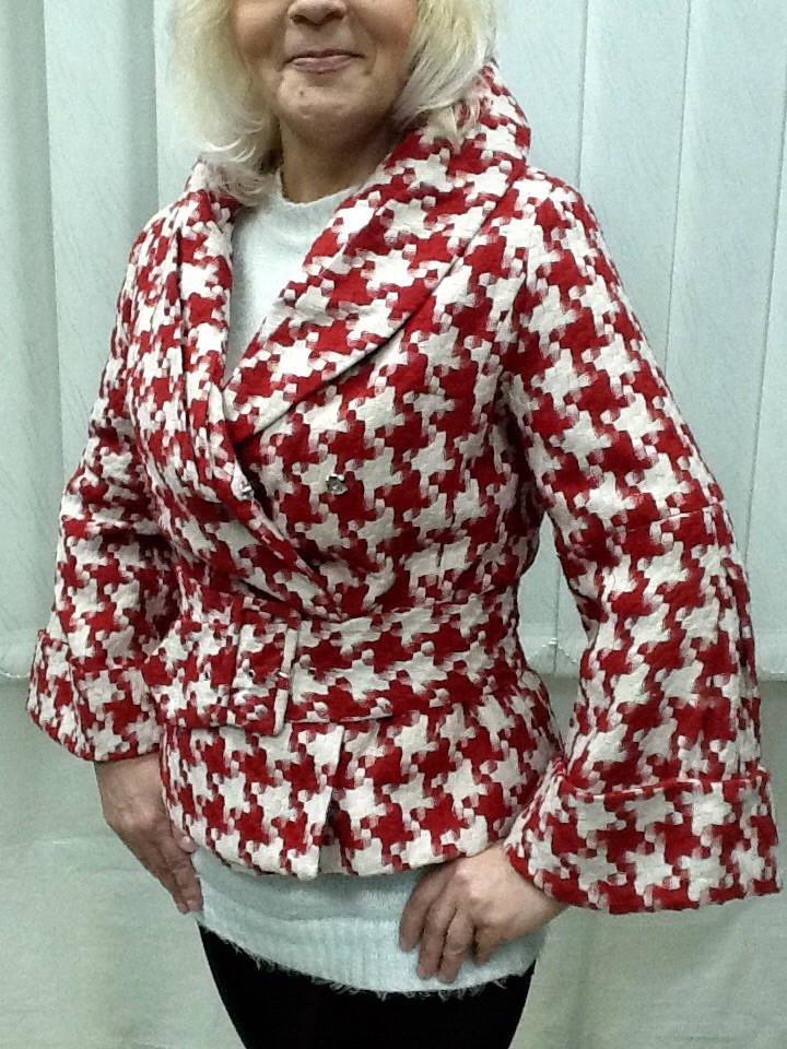 Куртка пиджак женский с поясом клеш рукав LUX копия бренда