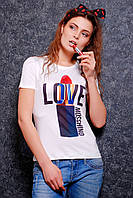 Молодежная футболка выполнена из нежной вискозной ткани и микромасла спереди