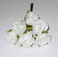Розочки сатин 2,7 см, белые