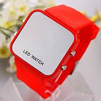 Led зеркальные наручные часы/красные